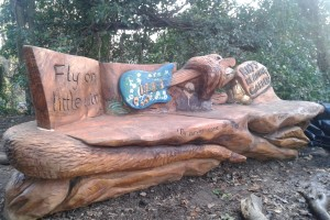 Rhys' Bench in Sweet Chestnut